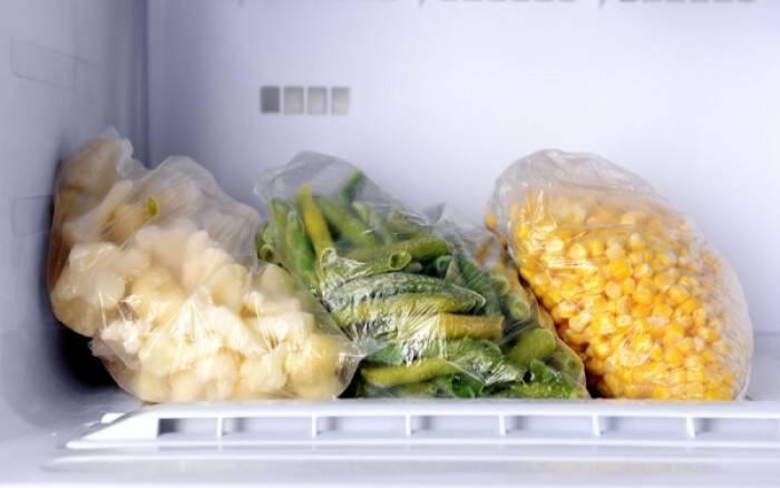 Γιατί δεν πρέπει να καταψύξετε ξανά το φαγητό που αποψύξατε