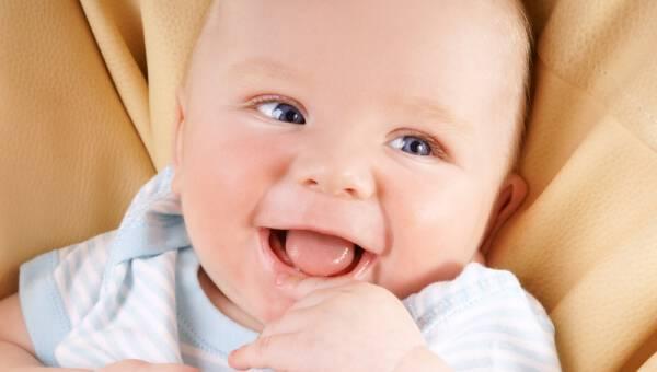 Σοβαρά τώρα, γιατί γελούν τα μωρά;