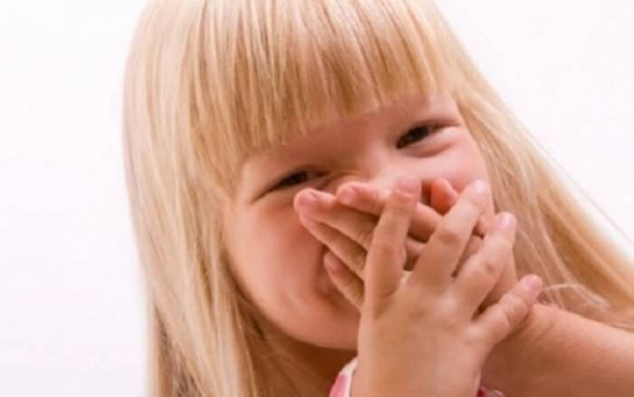 Κακοσμία της αναπνοής στα παιδιά- Πού οφείλεται πώς αντιμετωπίζεται