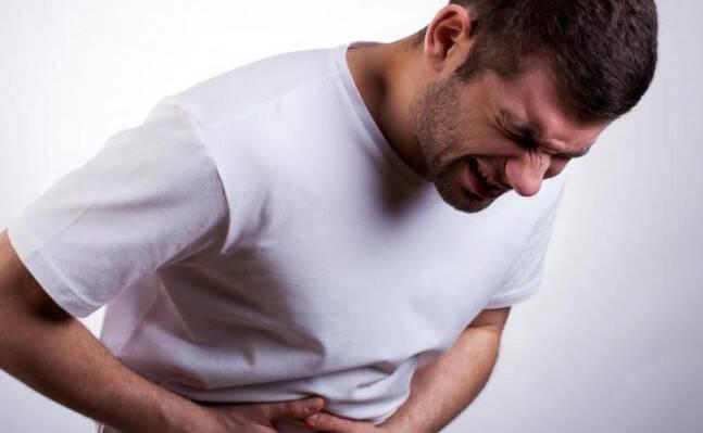 Σκωληκοειδίτιδα: Αν νιώσετε αυτά, πηγαίντε αμέσως στο νοσοκομείο!