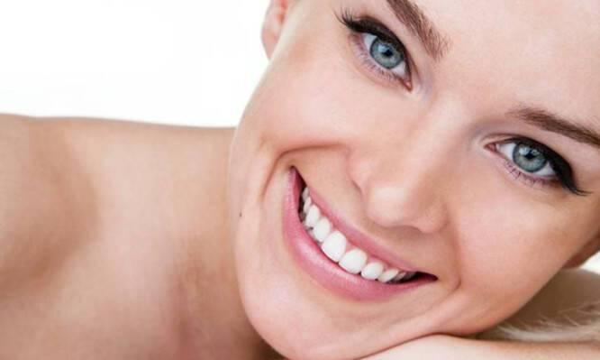 Μάθετε τα πάντα για τη λεύκανση δοντιών