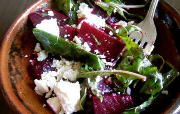 Σαλάτα με παντζάρι και φέτα