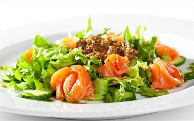 3 ιδέες για εύκολες και νόστιμες καλοκαιρινές σαλάτες