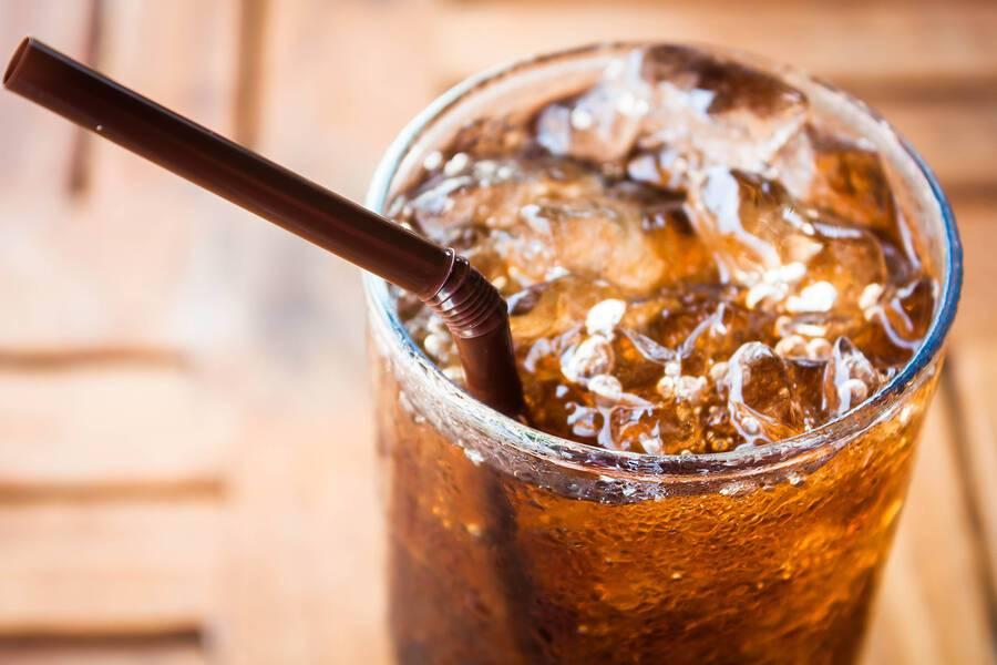 Light αναψυκτικά: 8 οφέλη για την υγεία όταν σταματάτε την κατανάλωσή τους