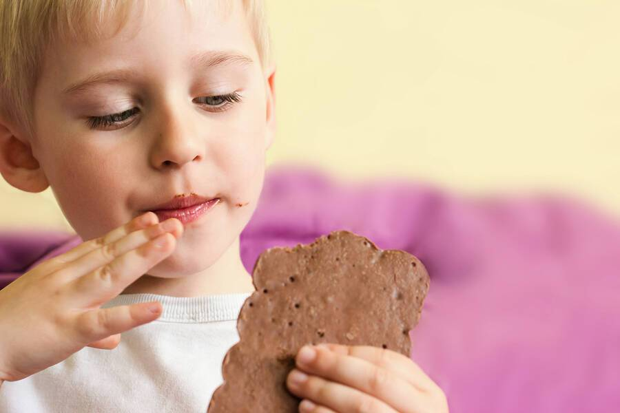 Παιδιά και ζάχαρη: Οι επιπτώσεις στην καρδιαγγειακή τους υγεία