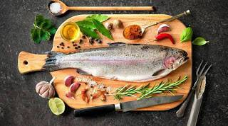 Διώξτε τη μυρωδιά του ψαριού από την κουζίνα σας με...φυστικοβούτυρο!