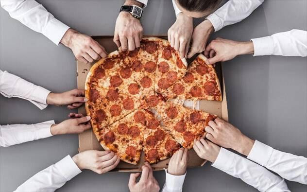 Μάθετε ποια τροφή θα σας κάνει πιο παραγωγικούς στη δουλειά