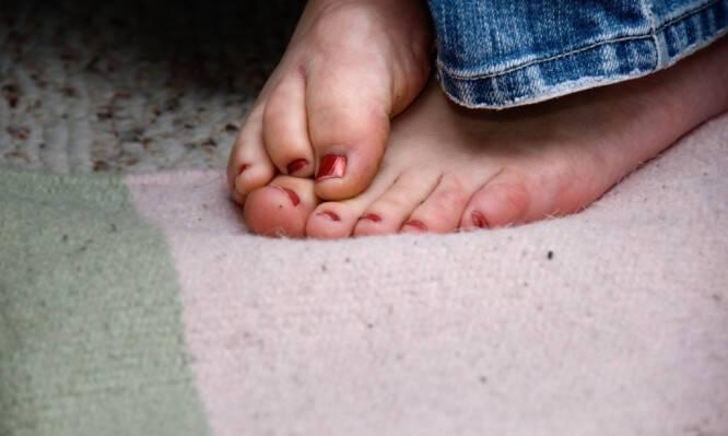 Γιατί έχετε συχνά κρύα πόδια – Τι δείχνει για την υγεία σας