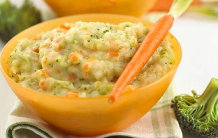 Πουρές πατάτας με καρότο, μπρόκολο και τυρί