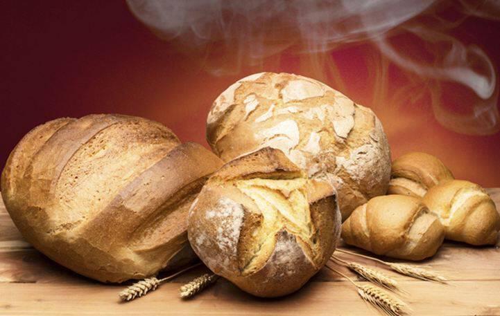 Έξυπνα tips για να παραμένει φρέσκο το ψωμί