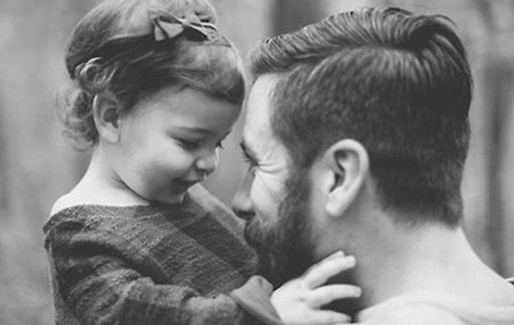 Άνδρες: Πώς θέλουν τη γυναίκα τους και πώς την κόρη τους!