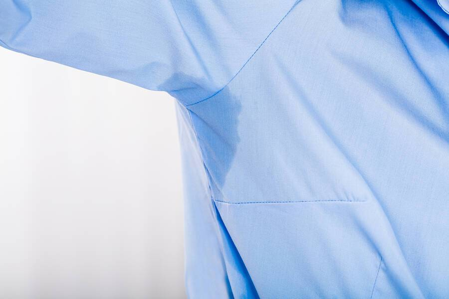 Υπερβολική εφίδρωση: Με ποιες παθήσεις συνδέεται