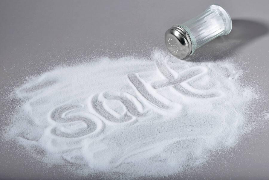 Αλάτι: Πόσο αυξάνει τον κίνδυνο πρόωρου θανάτου