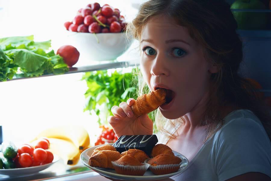 Συχνές καούρες: 5 παράγοντες που τις επιδεινώνουν