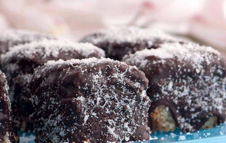 Λαχταριστό κέικ σοκολάτας με ινδοκάρυδο
