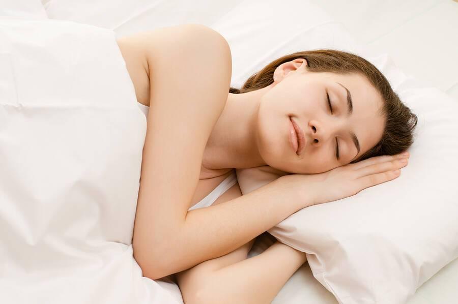 Δυσκολία στον ύπνο: Έξι παράδοξες μέθοδοι για να κοιμηθείτε πιο εύκολα