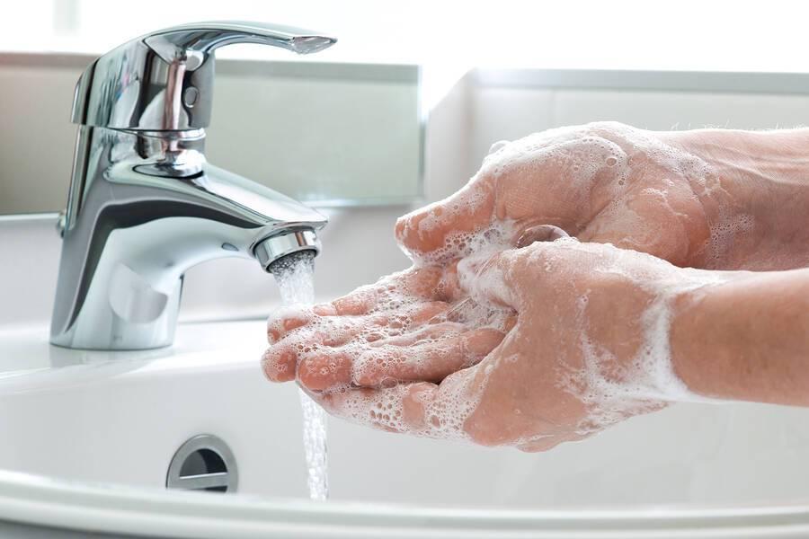 Πλύσιμο χεριών: Πόσο πρέπει να διαρκεί για να είστε προστατευμένοι από τα μικρόβια