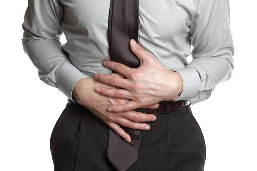 «Κάψιμο» στο στομάχι: Τι δείχνει & πώς θα το αντιμετωπίσετε