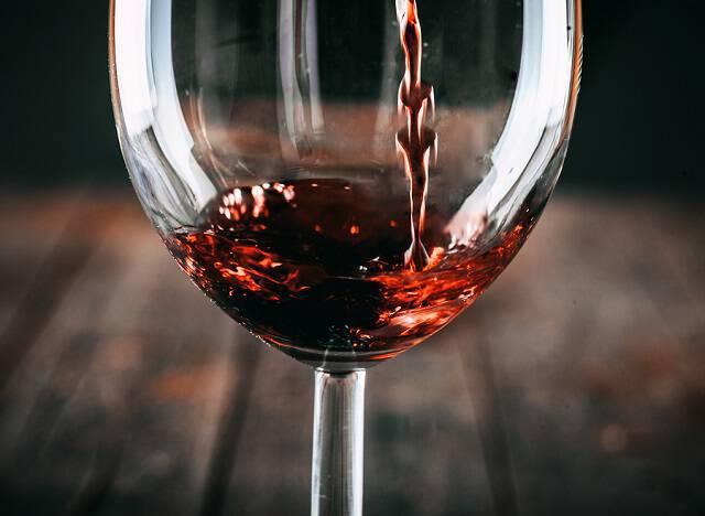 Πονοκέφαλος από το κρασί – Πώς θα τον αποφύγετε