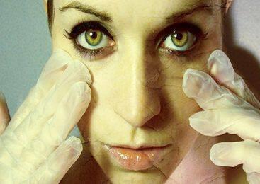 Αντίο μπότοξ: Η μάσκα που θα σε δείξει 10 χρόνια νεότερη φτιάχνεται με μόλις 3 συστατικά!!!-BINTEO