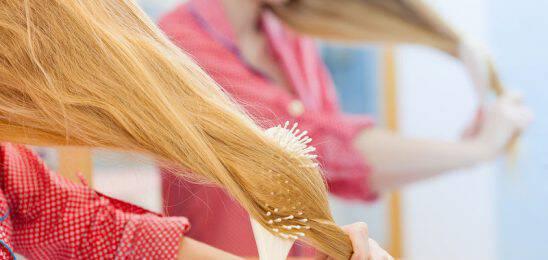 Τριχόπτωση: 5 αιτίες που δεν περνούν από το μυαλό σας!