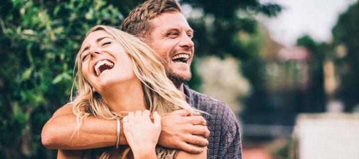 Τι κάνει τελικά πραγματικά ευτυχισμένο ένα ζευγάρι;